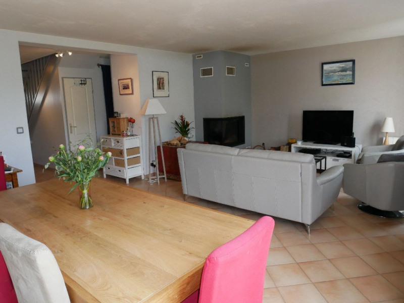Sale house / villa Carrieres sous poissy 415000€ - Picture 4