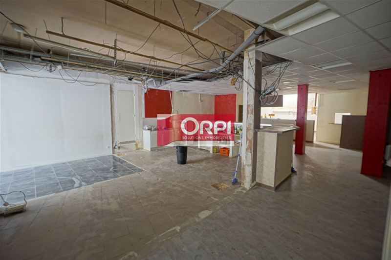 Location local commercial Les andelys 1 880€ CC - Photo 6