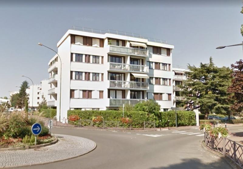 Verkoop  appartement Fontenay le fleury 200000€ - Foto 1