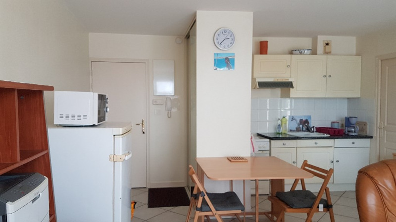 Sale apartment La rochelle 175 600€ - Picture 3