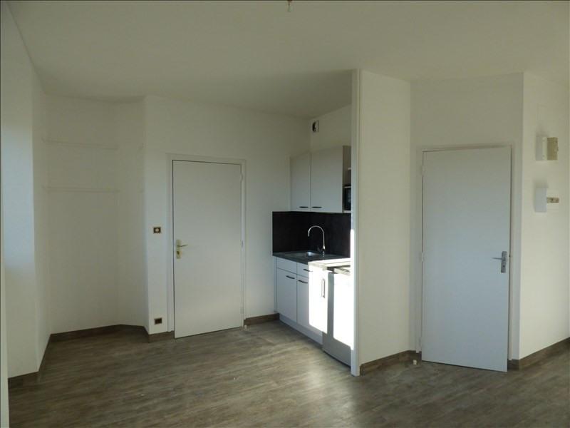 Rental apartment Lannion 305€ CC - Picture 1