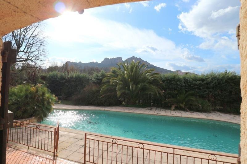 Vente maison / villa Roquebrune sur argens 549900€ - Photo 2