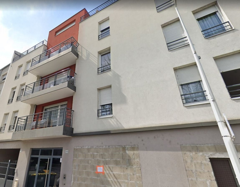 Sale apartment Venissieux 166 160€ - Picture 1