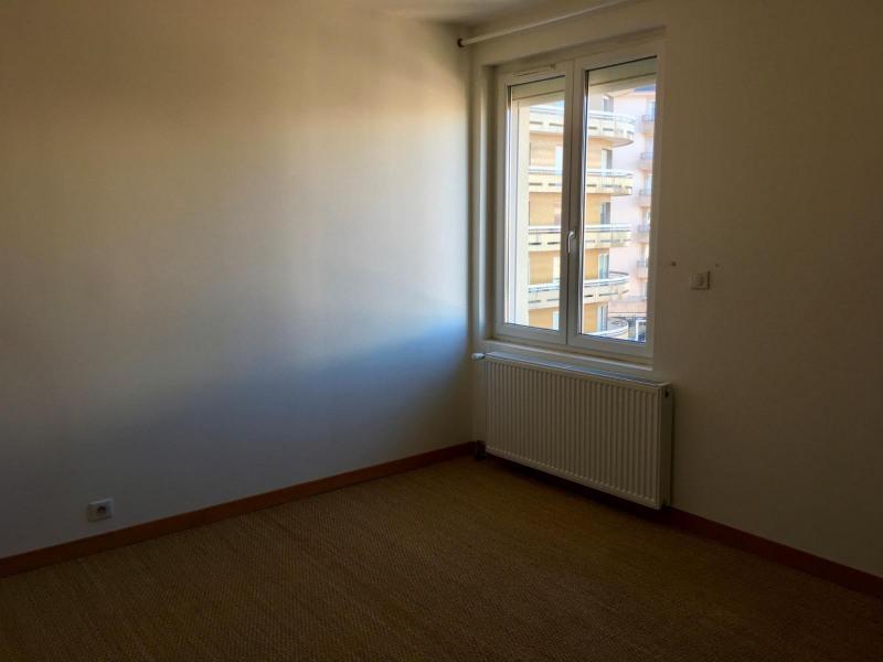 Location appartement Rodez 680€ CC - Photo 6