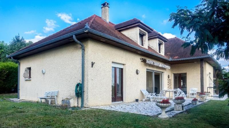 Sale house / villa Montardon 305000€ - Picture 1