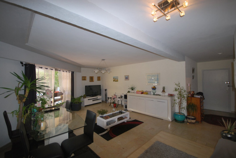 Sale apartment Antibes 410 000€ - Picture 1