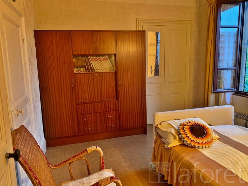 Sale house / villa Bourgoin jallieu 305000€ - Picture 5