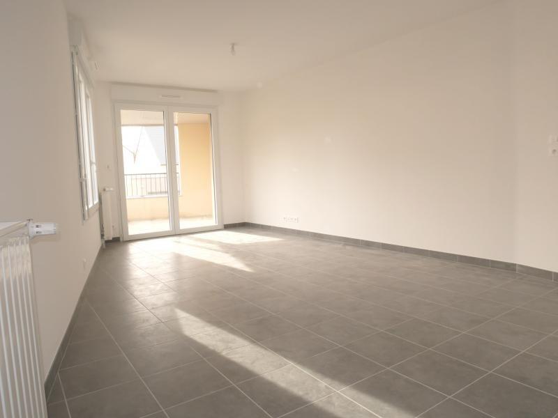 Rental apartment L hermitage 632€ CC - Picture 6