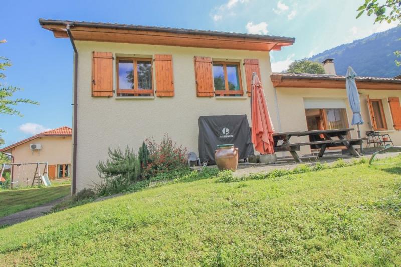 Sale house / villa Allevard 279000€ - Picture 1