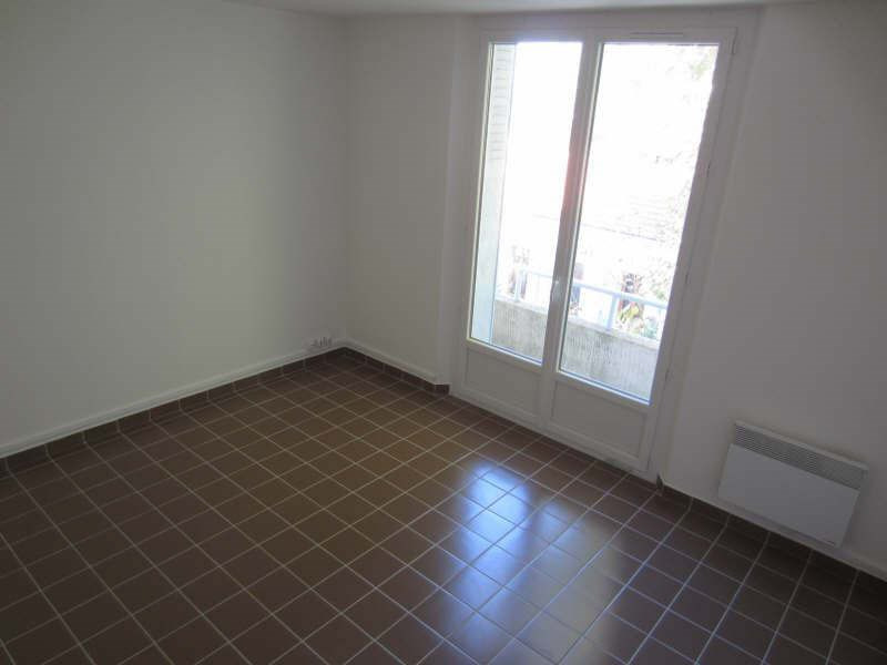 Rental apartment La seyne-sur-mer 559€ CC - Picture 2