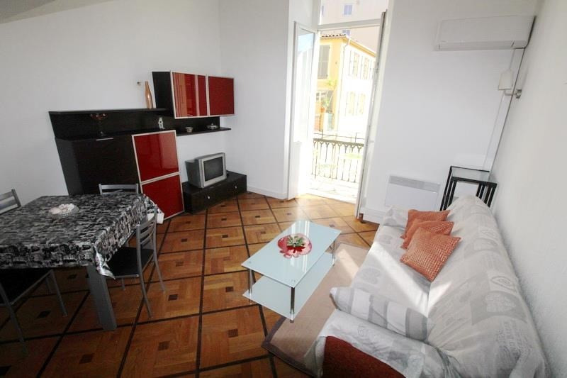 Rental apartment Nice 760€ CC - Picture 2