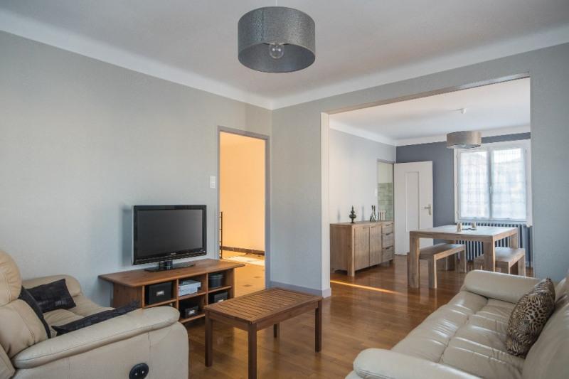 Sale house / villa Bassens 369250€ - Picture 3