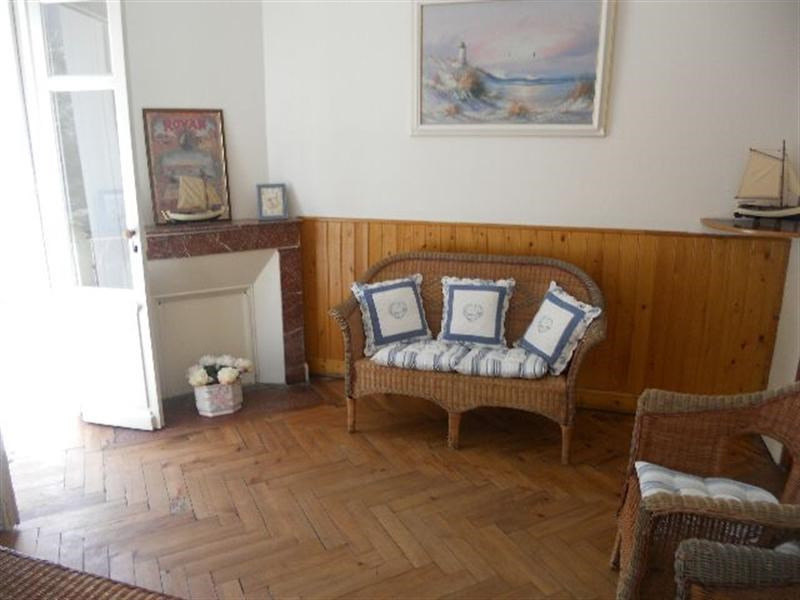 Vacation rental house / villa Royan 916€ - Picture 5