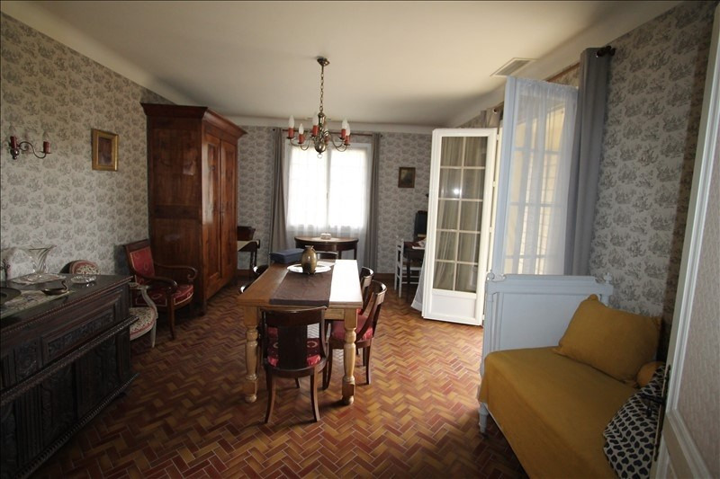 Vente maison / villa St pierre d'eyraud 165 000€ - Photo 5