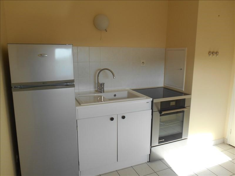 Location appartement Troyes 700€ CC - Photo 3