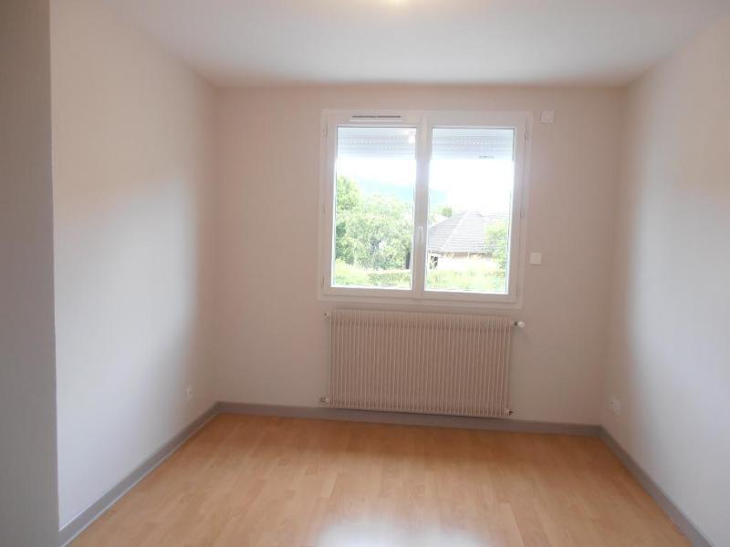 Rental apartment Bellignat 745€ CC - Picture 3