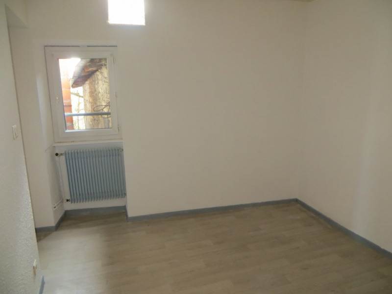 Rental apartment Pont du chateau 420€ CC - Picture 2