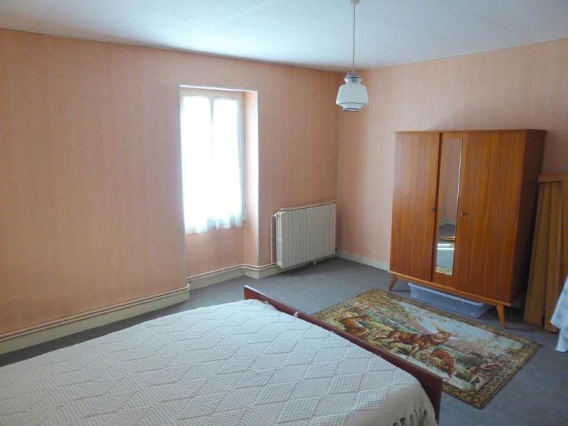 Vente maison / villa Louzac-saint-andré 210000€ - Photo 10