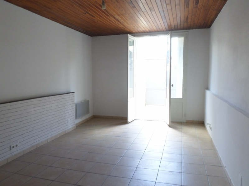 Rental apartment Salon de provence 765€ CC - Picture 4