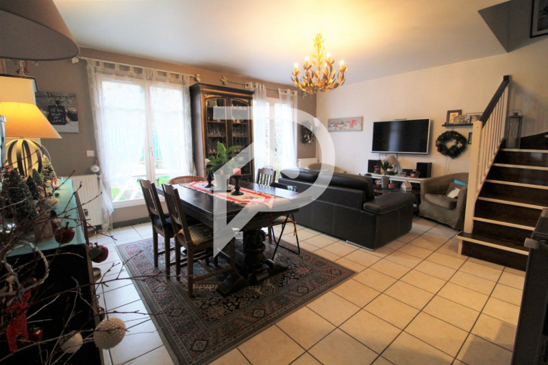 Sale house / villa Saint prix 299 500€ - Picture 1