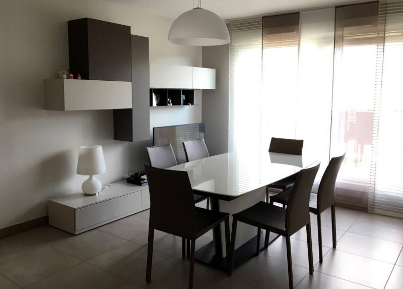 Sale apartment Amancy 275000€ - Picture 2