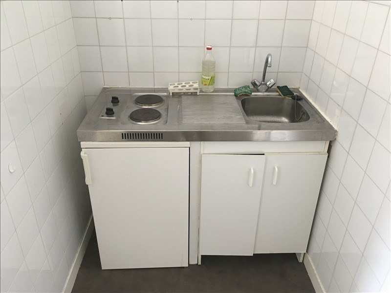 Location appartement Poitiers 321€ CC - Photo 3