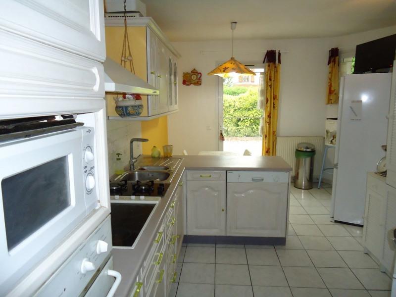 Sale house / villa La buisse 380000€ - Picture 4