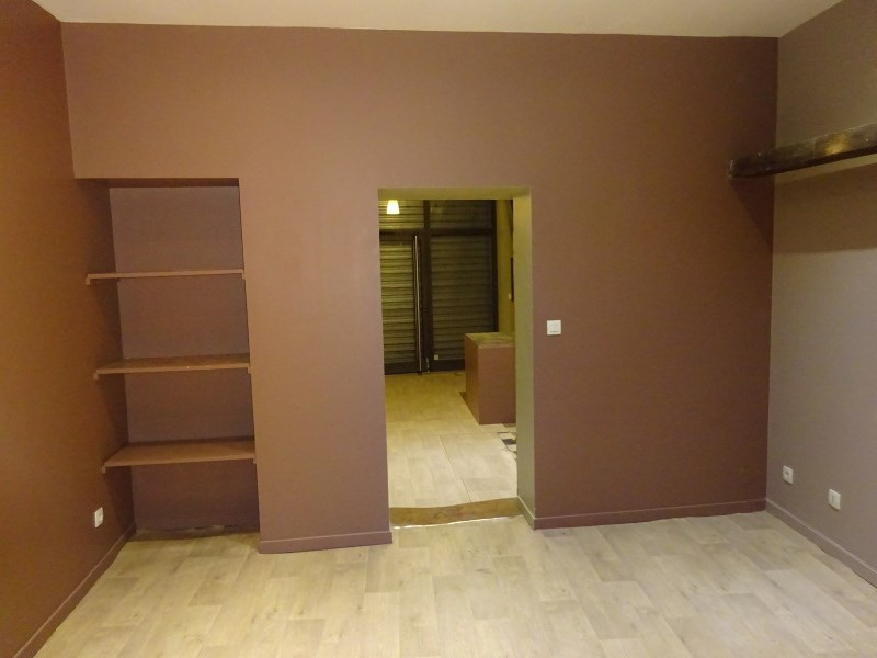 Rental empty room/storage Ste foy les lyon 685€ CC - Picture 2