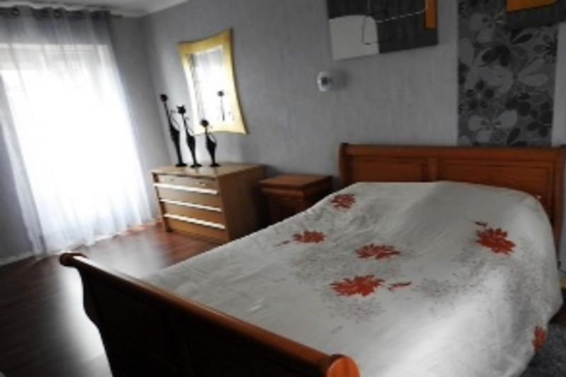 Sale house / villa Mur de bretagne 99000€ - Picture 10