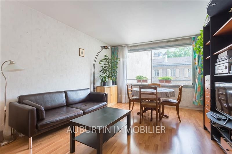 Sale apartment Paris 18ème 477 000€ - Picture 1