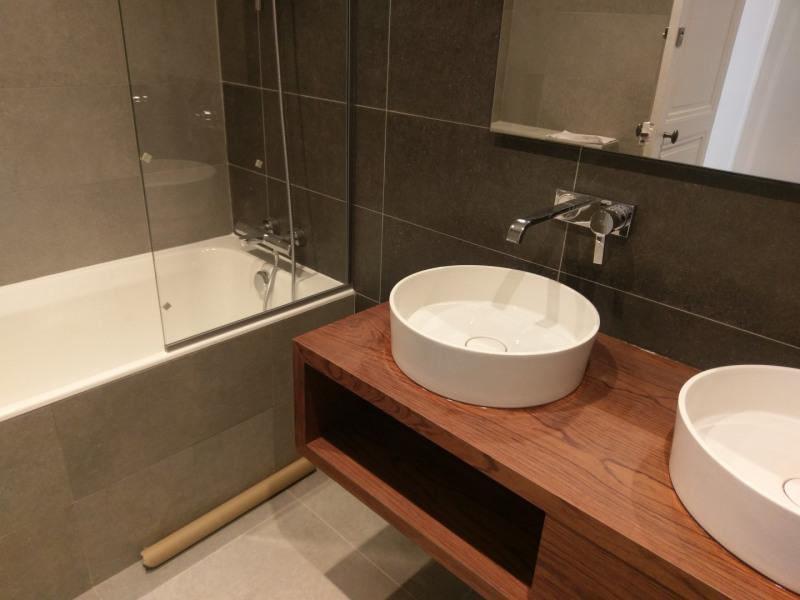 Location appartement Paris 7ème 5610€ CC - Photo 6