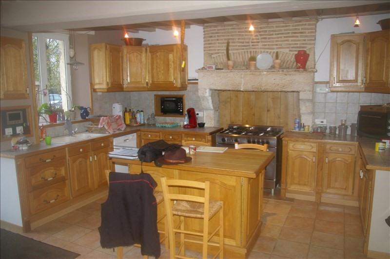 Vente maison / villa St sauveur en puisaye 143000€ - Photo 2