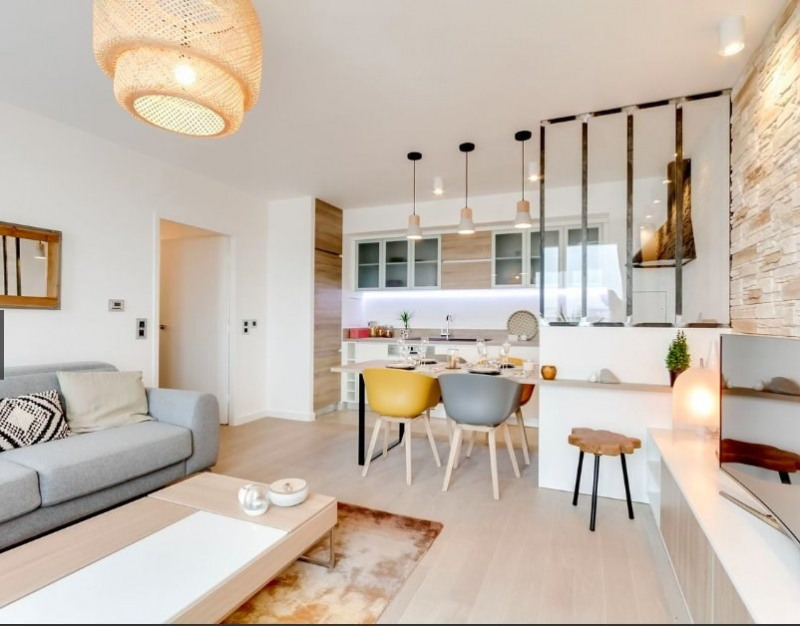 Vente de prestige appartement Paris 18ème 1095000€ - Photo 2