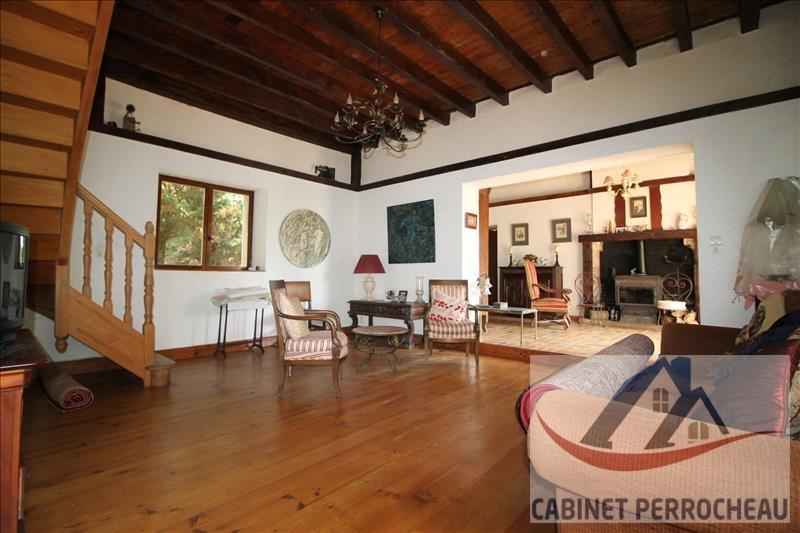 Sale house / villa La chartre sur le loir 213000€ - Picture 7