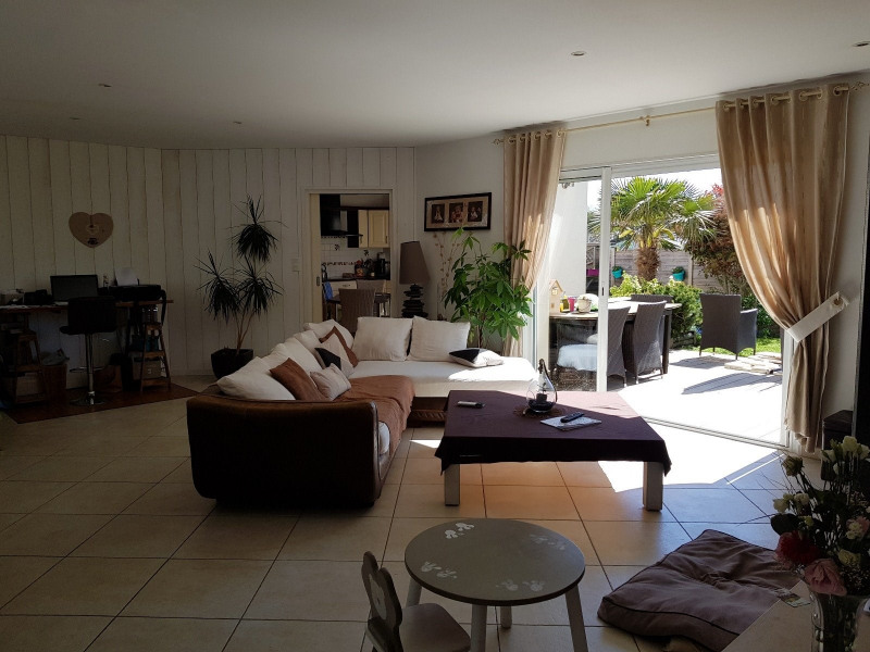 Sale house / villa Chateau d olonne 398 000€ - Picture 3
