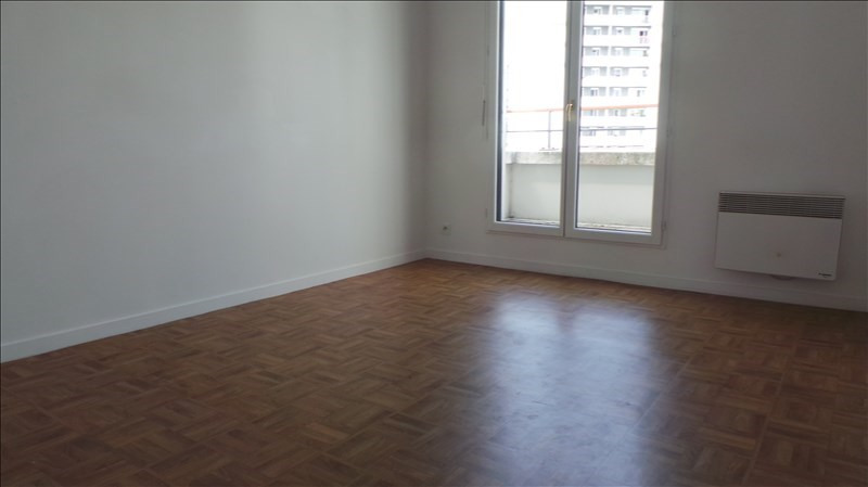 Rental apartment Colombes 973€ CC - Picture 4
