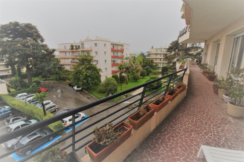 Deluxe sale apartment Nice 693000€ - Picture 2