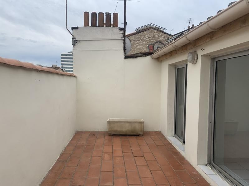 Location appartement Marseille 4ème 980€ CC - Photo 3