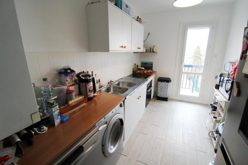 Rental apartment Maurepas 792€ CC - Picture 3