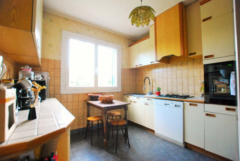 Sale house / villa Bezons 359000€ - Picture 4
