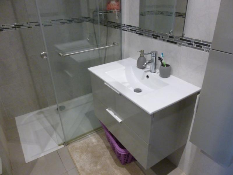 Sale house / villa Nimes 283000€ - Picture 6