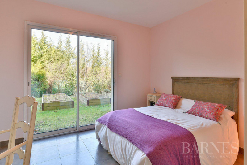 Deluxe sale house / villa Communay 849 000€ - Picture 12