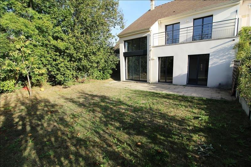 Location maison / villa Le mesnil st denis 1572€ CC - Photo 1