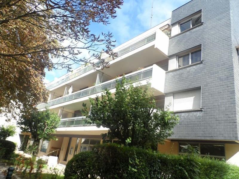 Rental apartment Bievres 995€ CC - Picture 1