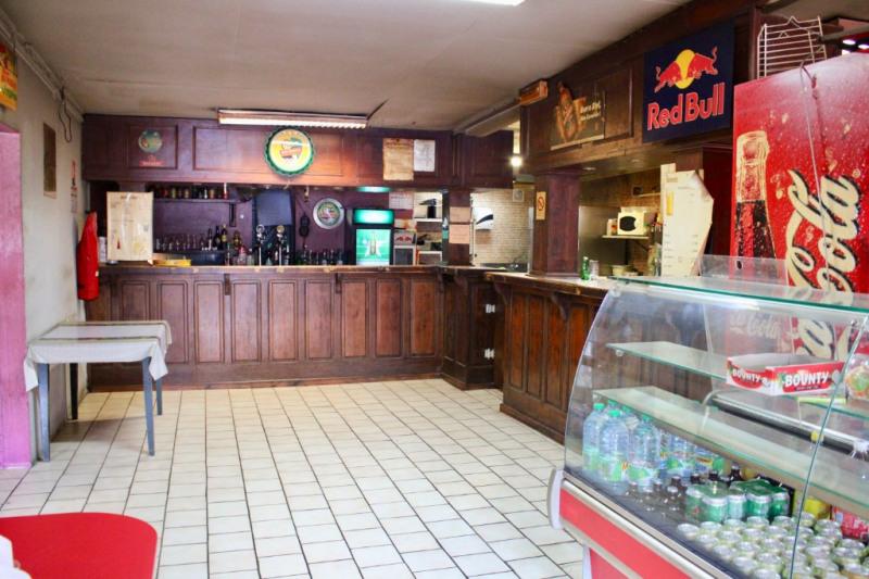 Vente fonds de commerce boutique Le tampon 130800€ - Photo 4