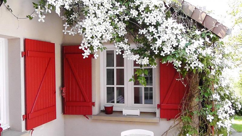 Sale house / villa Orgeval 598000€ - Picture 1