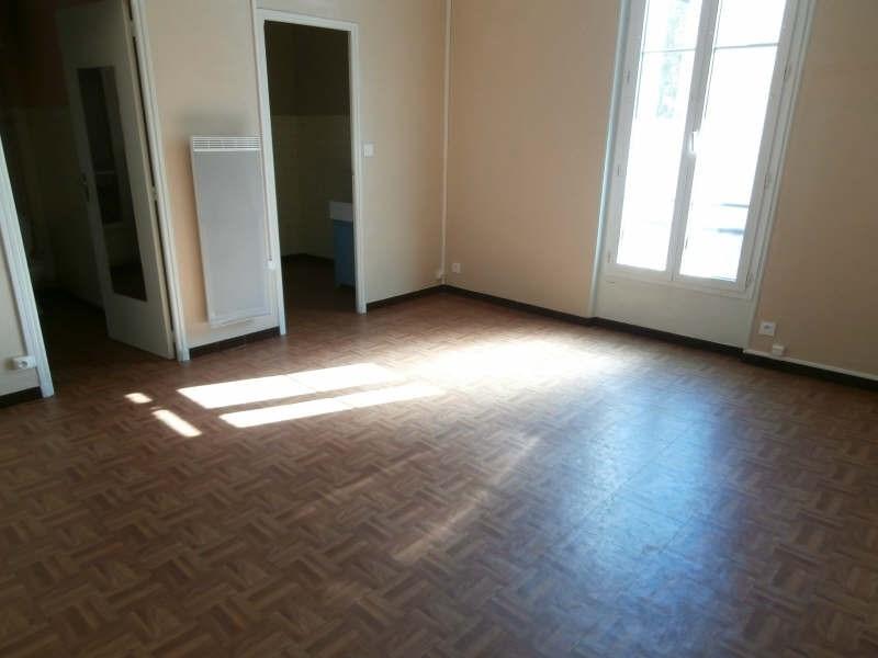 Vermietung wohnung Salon de provence 383€ CC - Fotografie 1