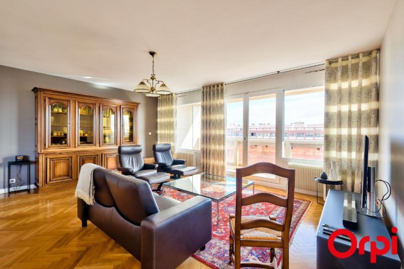 Deluxe sale apartment Lyon 6ème 755000€ - Picture 2