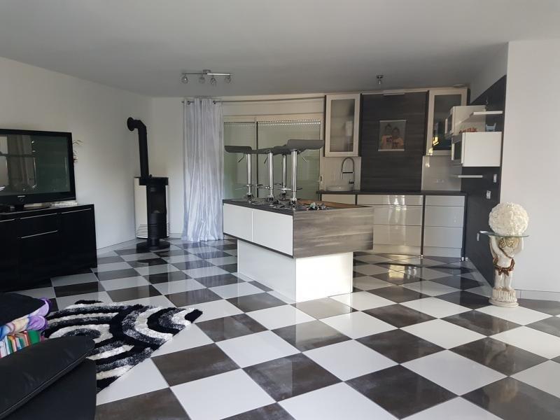 Sale house / villa St eloi 159000€ - Picture 1
