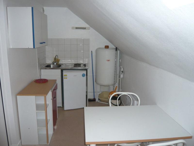 Rental apartment Laval 205€ CC - Picture 2